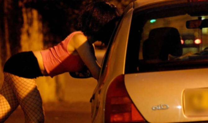 Marsala, fermata fitta rete di prostituzione. Sequestrate 8 case chiuse in centro