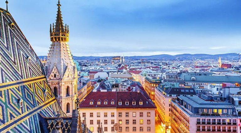 Terzo lockdown in Austria, chi fa tampone una settimana in meno